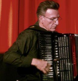Frank Petrilli